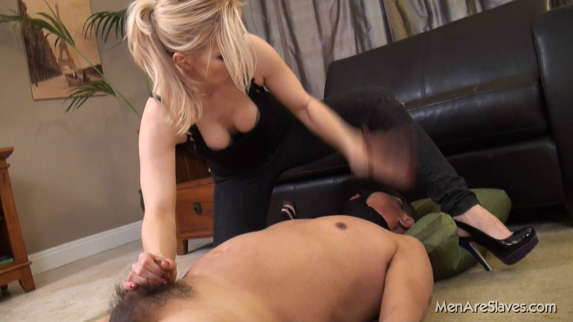 Brie Bbw Handjob And Messy Post Orgasm Stroking